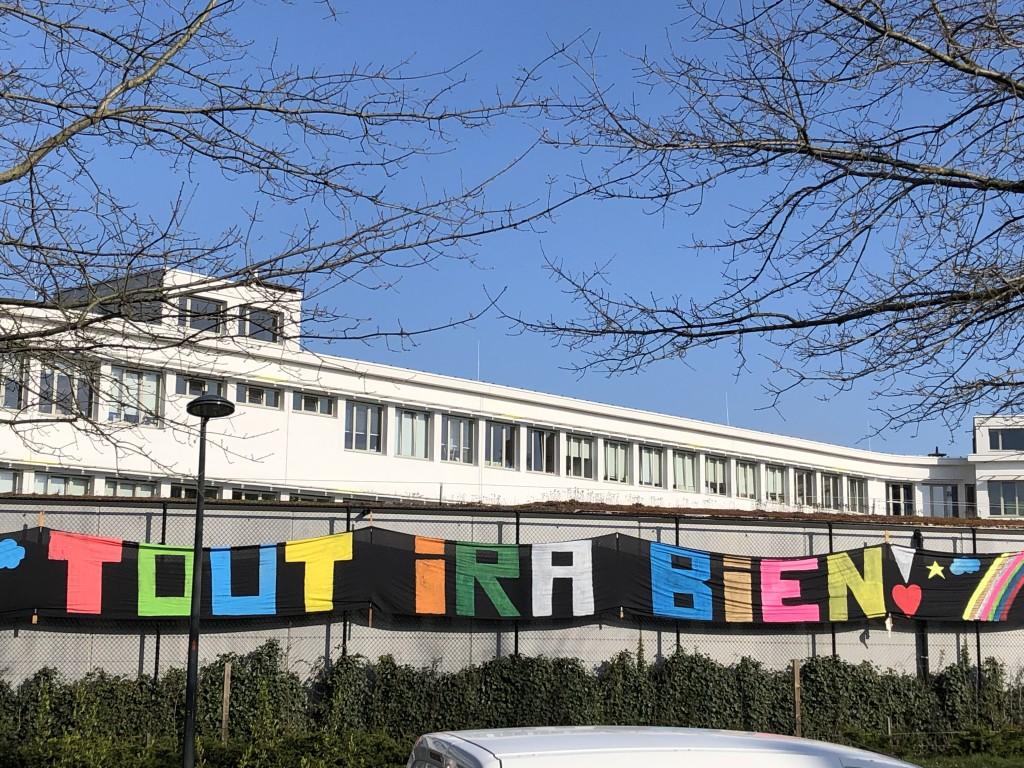 Jour 24 : 20 eme jour de confinement...un seul mot d'ordre:) lancé en couleur par ces jeunes élèves d'une école communale de Schaerbeek : « Tout ira bien »!!!!!🙂😉!