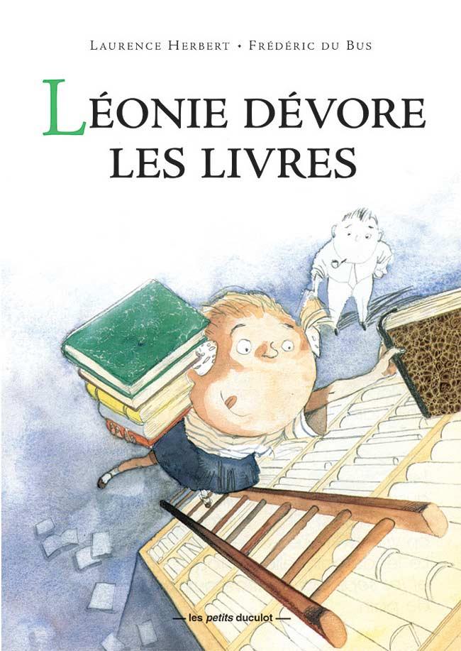 Léonie dévore les livres